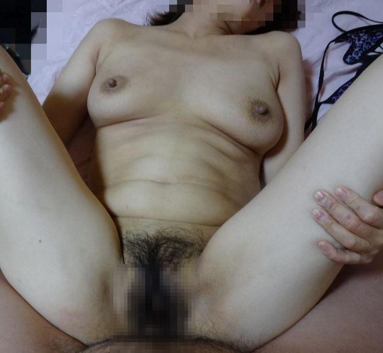 【投稿エロ画像】おばさん達の性生活を撮影したハメ撮り画像が生々しい
