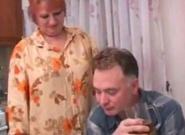 【無修正】奥さん側から求めてくる外国人老夫婦の営みがエロい!