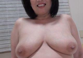 【熟女動画】淫乱な巨乳熟女の濃厚セックス!