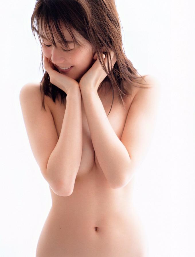 生田絵梨花エロ画像KTm7mQ3