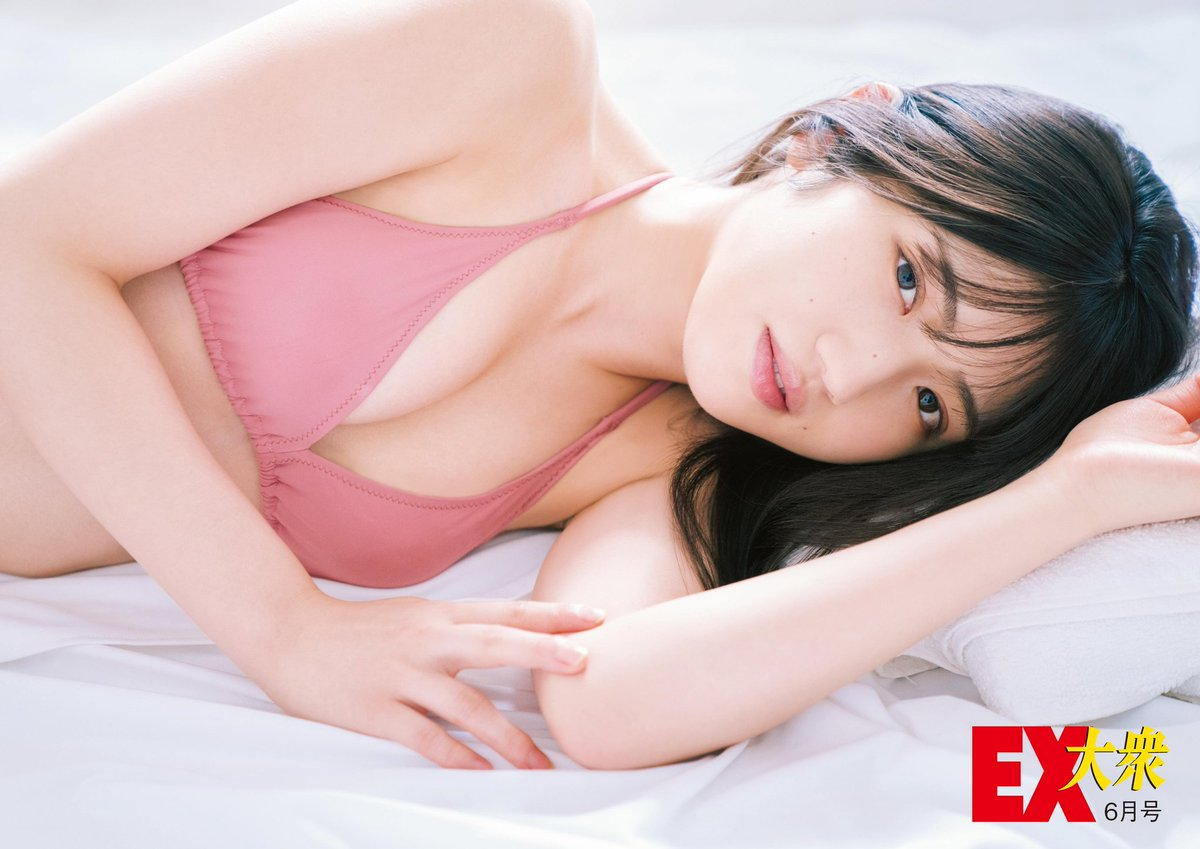 村山彩希エロ画像EYS2kWxUwAAXIn-