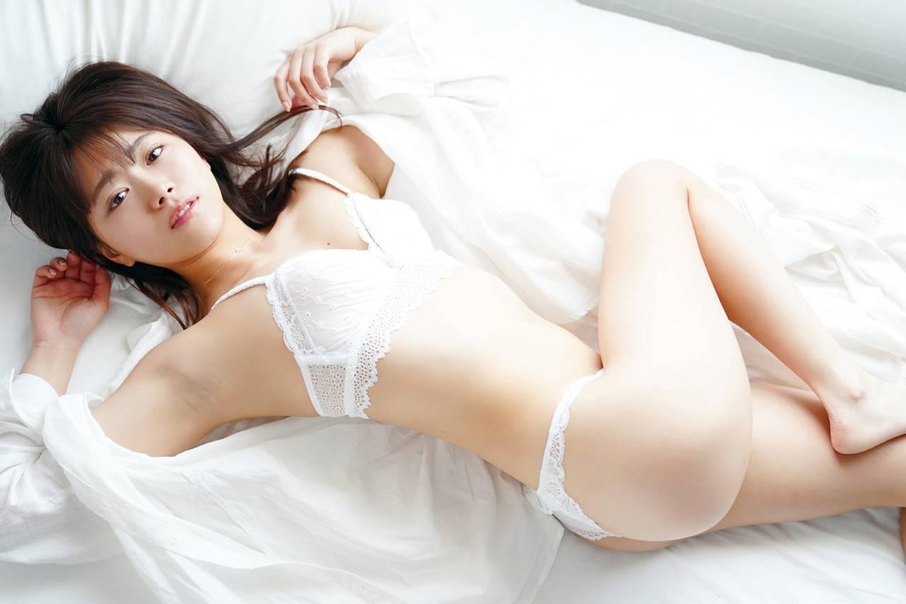 山内鈴蘭エロ画像