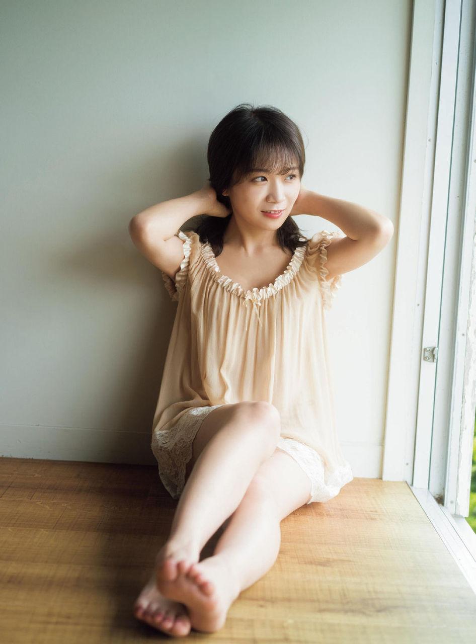秋元真夏エロ画像tumblr_ptt052PfCb1w3ota5o3_1280