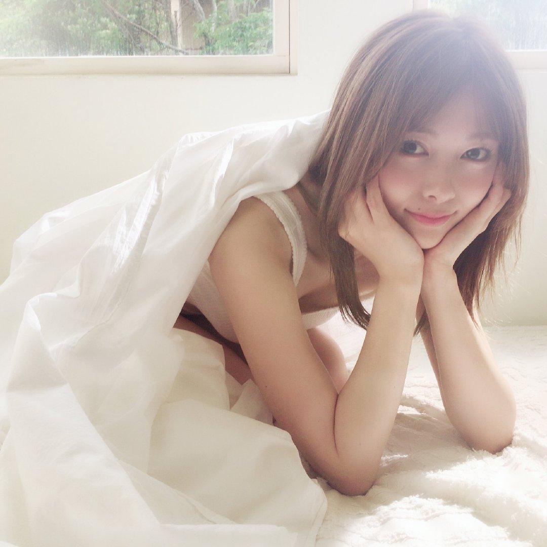 白石麻衣エロ画像tumblr_pidq2qWiRE1w3ota5o1_1280