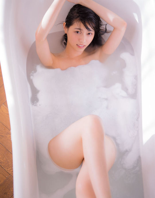 西野七瀬エロ画像tumblr_okb6g6Fzgw1v79u2eo8_540