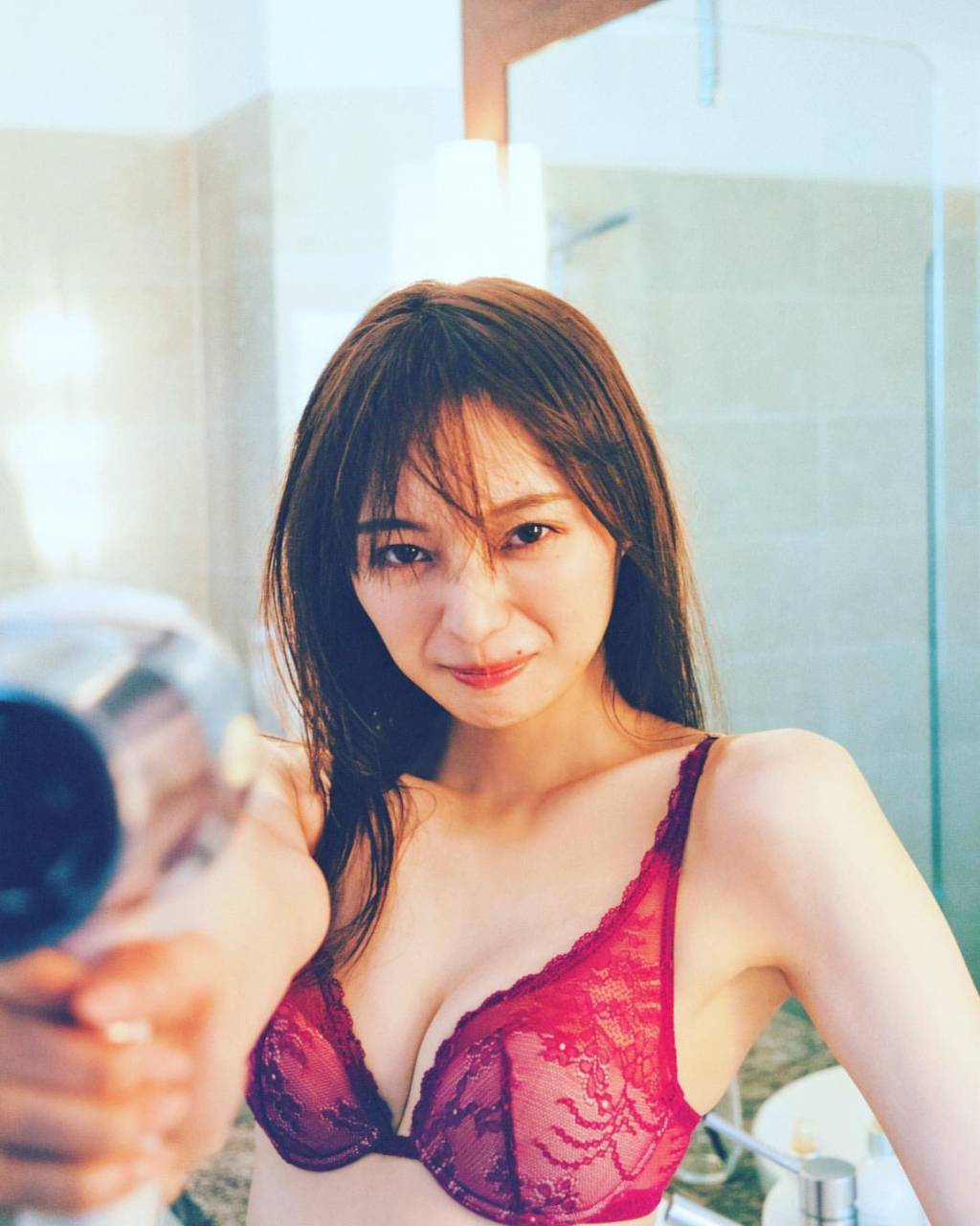 梅澤美波エロ画像