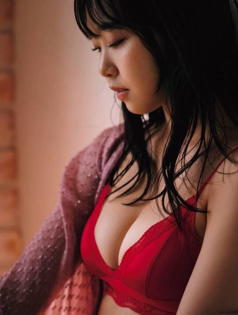 加藤夕夏エロ画像