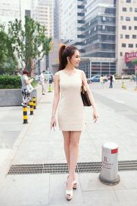 抜ける中国女性?