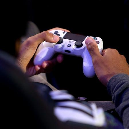 PS4買おうと思ったら『PS5』が発売決定、マジいつ買えばいいんだよ・・・