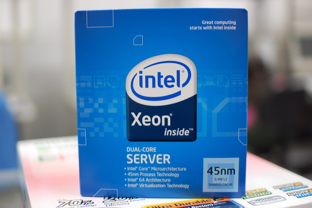 IntelXeon E3110 3GHz 6M FSB1333
