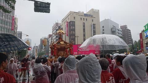 13日神輿