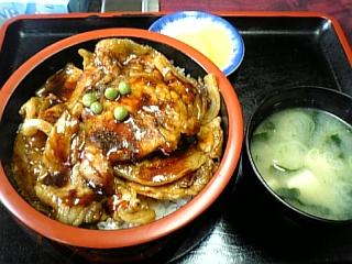 里宝亭(豚丼)