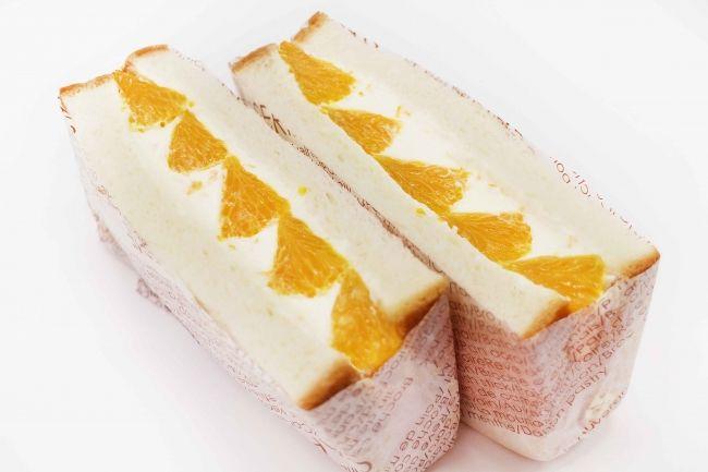 愛媛県産柑橘「清見オレンジ」のフルーツサンド