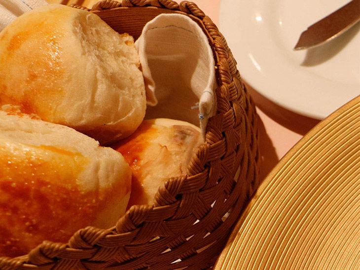 自家製パンの食べすぎにはくれぐれもご用心