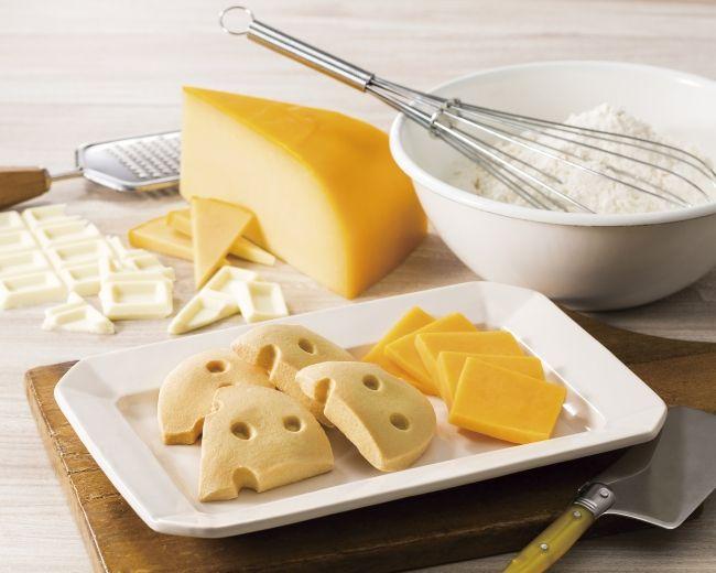 ヨックモック「焼きチョコチーズ」
