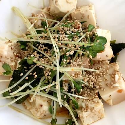 忙しくても手作りの料理が食べたい方必見!10分以内にできる簡単サラダレシピをご紹介します♪2