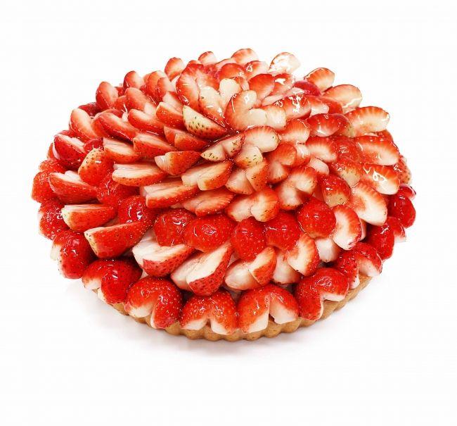 愛媛県橋本農園産いちご「紅い雫」のケーキ