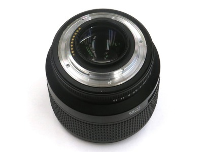 carl_zeiss_planar_85mm_n_c