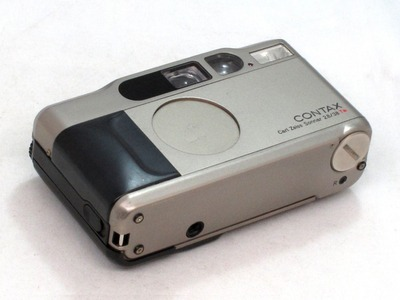 contax_t2_with_databack_c