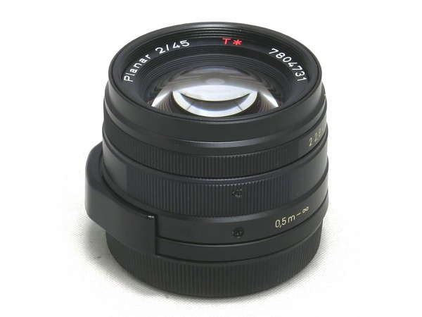 carl_zeiss_planar_45mm_g_black_a