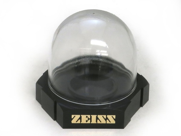 carl_zeiss_lens_display_a