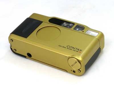 contax_t2_gold_b
