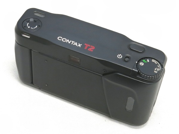 contax_t2_limited_black_03