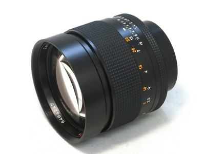 carl_zeiss_planar_85mm_aeg_a
