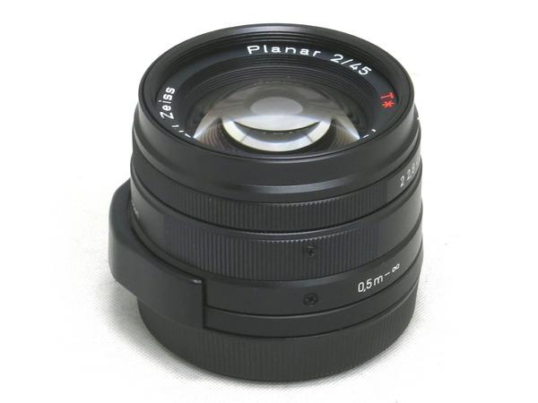 carl_zeiss_planar_45mm_g_black_01