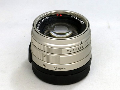 carl_zeiss_planar_45mm_a