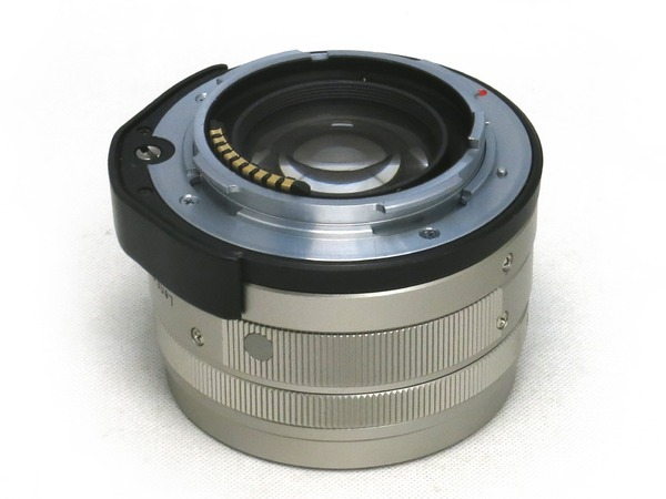 carl_zeiss_planar_45mm_g_b