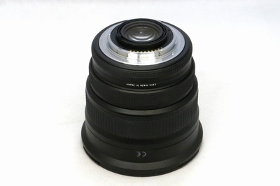 carl_zeiss_vario-sonnar_17-35mm_n_b
