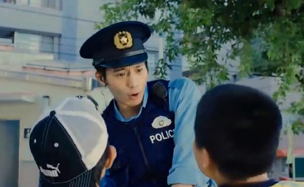 キャスト 最後 の 警官