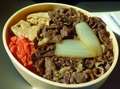 1420牛肉弁当 (1)