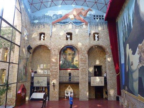 フィゲラスのダリ美術館 (19)