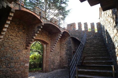 フィゲーラス邸 (4)