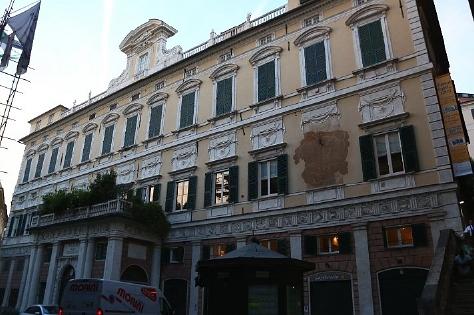 2009 (33)