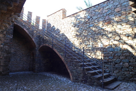 フィゲーラス邸 (3)