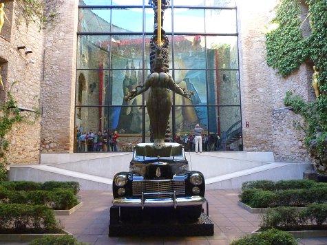 フィゲラスのダリ美術館 (2)