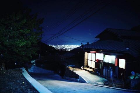 街の灯、家の灯