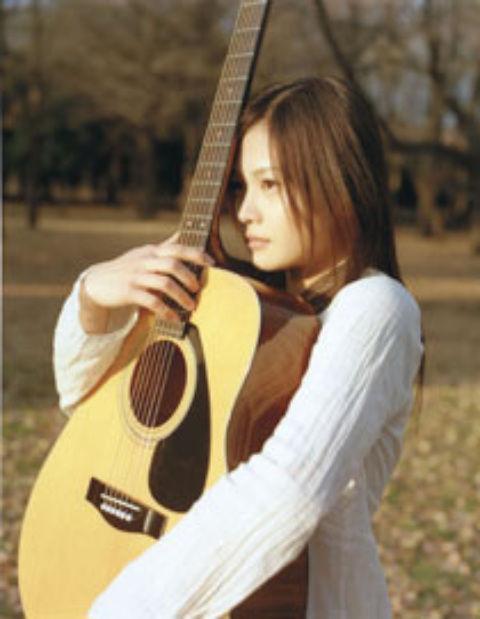 Yui (歌手)の画像 p1_9