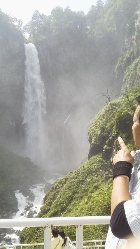 華厳(の)滝 (2)