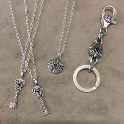 『A'rossvy』アクセサリー入荷☆