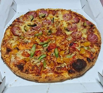 ピザ板キチガイ