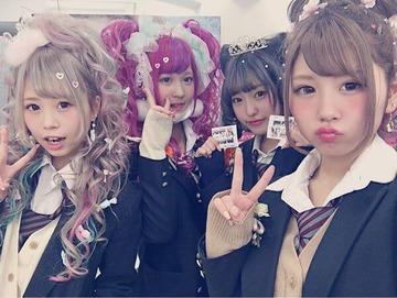 田奈高校卒業式女子高生7