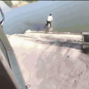 自転車水没
