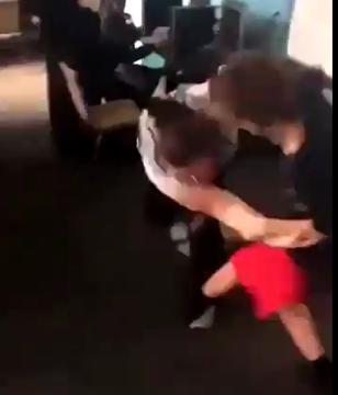 陽キャ教師喧嘩