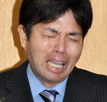 140703-japan-weeping-6a_e086e5e954e24e2a1b54ff0e2c614565