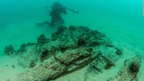 002-shipwreck-lisbon