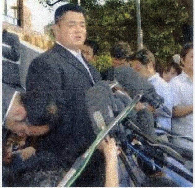 出廷後、記者会見する時津風親方 力士暴行死事件の公判で、弁護側証人とし... oozumouのブ